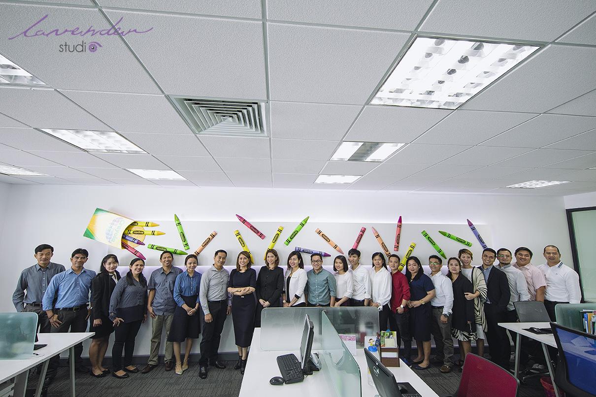 Hình Ảnh Brochure đội ngũ nhân viên Crayola Việt Nam