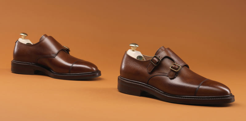 Hướng dẫn chụp hình giày nam đơn giản và thu hút