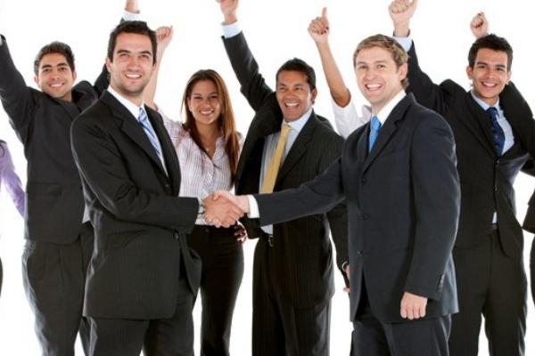 Chụp hình profile công ty nhân viên nên mặc thế nào