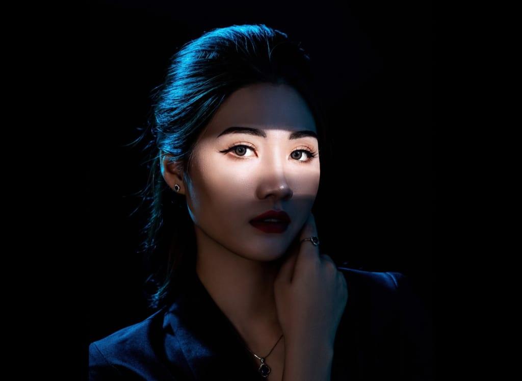 Chụp hình profile cá nhân sáng tạo độc đáo tại Lavender